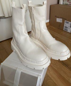 Zara Boots/Stiefeletten