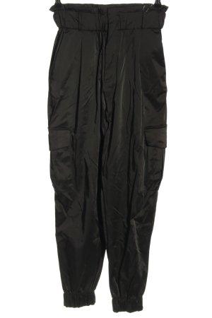 Zara Bundfaltenhose schwarz Casual-Look