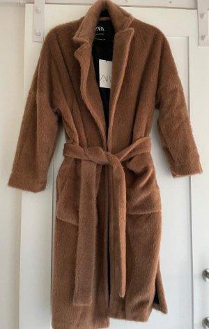 Zara Camel flauschiger Mantel mit Gürtel Gr. XXL neu mit Etikett