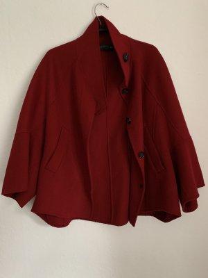 Zara Cape rouge carmin-rouge foncé
