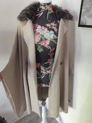 Zara Knit Cape blanc cassé viscose