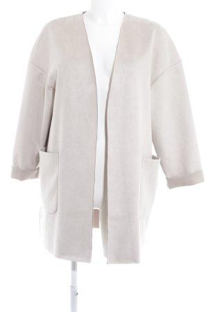 Zara Cardigan hellbeige Street-Fashion-Look