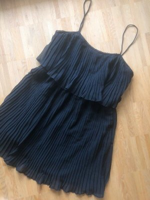 Zara Chiffon Kleid L 40 neu schwarz plissiert Plissee Volant