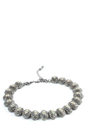 Zara Collar estilo collier color plata look casual