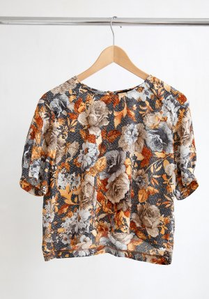 Zara Cropped Shirt mit floralem Print