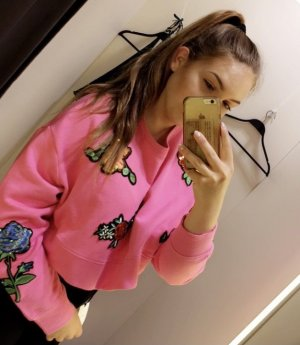 ZARA Cropped Sweatshirt Pink Pailletten Blümchen
