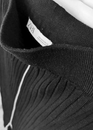 Zara Damen Strick Midikleid schwarz Gummiband knapp geschnitten Gr. M 38