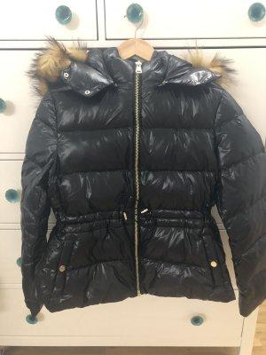 Zara Daunenjacke 42 XL neu schwarz Kapuze mit Kunstfell