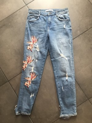 ZARA destroyed Jeans bestickt Gr. 34
