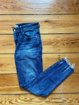 Zara Destroyed Jeans Neuwertig Gr.40 mittelblau midlue midwaist
