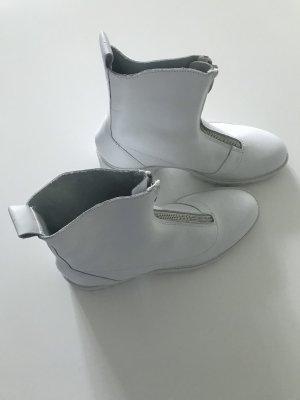 Zara Woman Desert Boots white leather