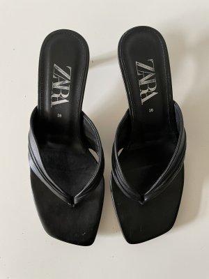 Zara Toe-Post sandals black