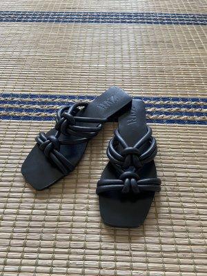 Zara Echtleder Sandalen geflochten