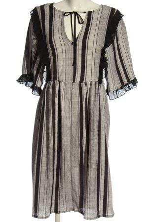 Zara Empirekleid schwarz-wollweiß Streifenmuster Casual-Look