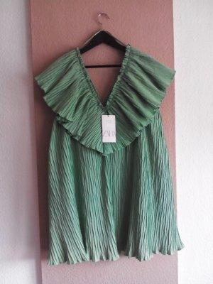 Zara fein plissiertes Minikleid mit Volant in hellgrün, Grösse L, neu