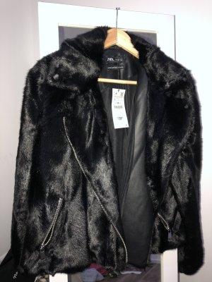 Zara Futrzana kurtka czarny