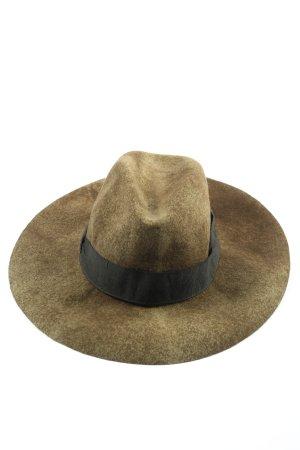 Zara Felt Hat khaki casual look