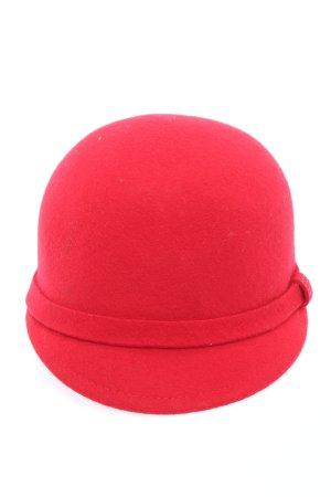 Zara Sombrero de fieltro rojo look casual