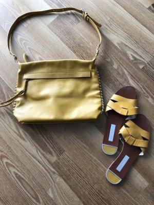 Zara Basic Flip-Flop Sandals dark yellow mixture fibre