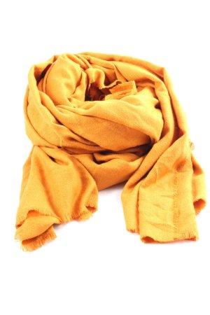 Zara Bufanda de flecos amarillo pálido look casual