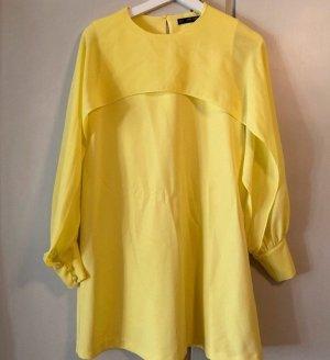 Zara Gelbes Kleid mit langen Ärmeln