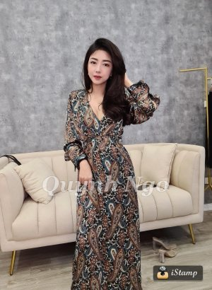 Zara gemustertes Kleid in Satinoptik in XS