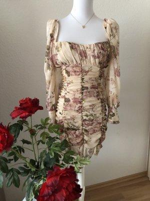 Zara gerafftes Blumen Kleid in XS Neu ❤️