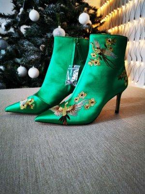 Zara, grüne Stiefeletten Neu
