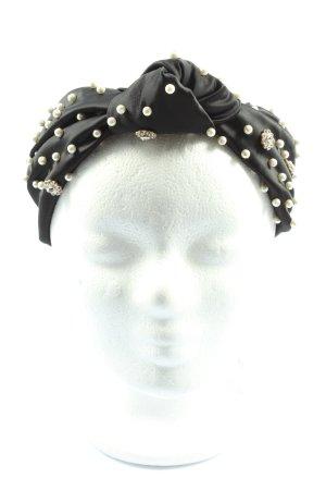 Zara Ribbon black casual look