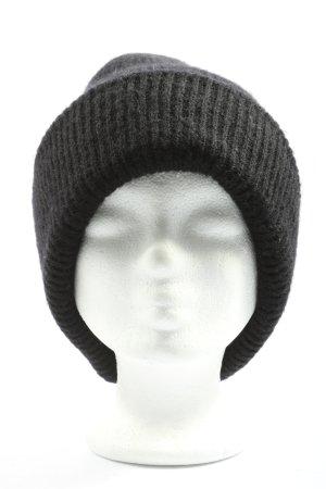 Zara Cappello all'uncinetto nero stile casual