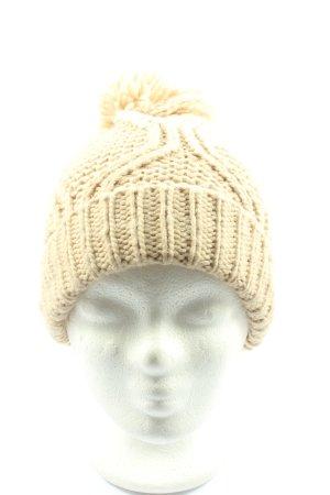 Zara Crochet Cap cream cable stitch casual look