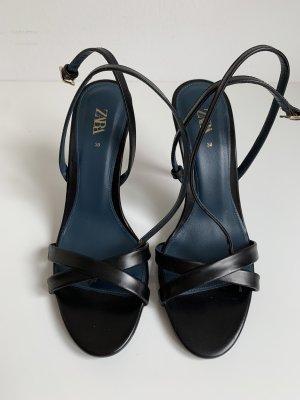 ZARA Heeled Sandals NEU