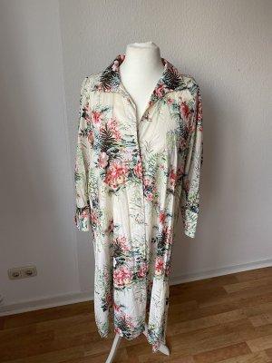 Zara Hemdblusenkleid im Tropenprint