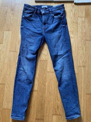 Zara High waist Jeans 42