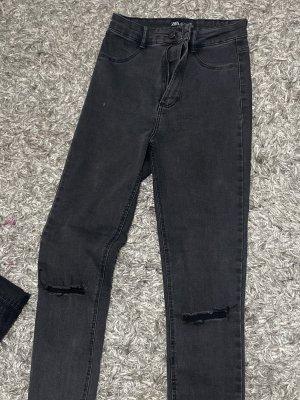 ZARA – HIGH WAIST Jeans