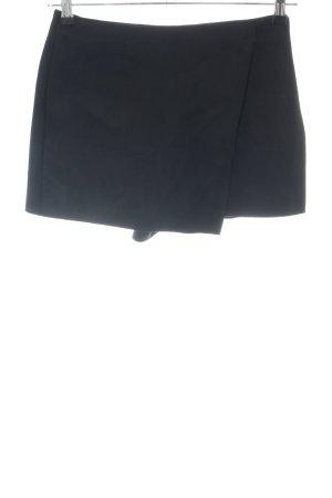 Zara High-Waist-Shorts schwarz Business-Look