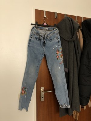 Zara Highwaisted Jeans