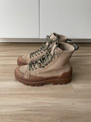 Zara Hiker Boots Schnürstiefeletten