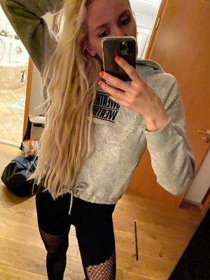 Zara Hoodie cropped Pullover grau Sweatshirt Oberteil printed Größe M