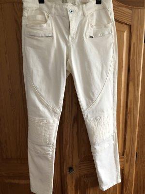 Zara Spodnie rurki w kolorze białej wełny