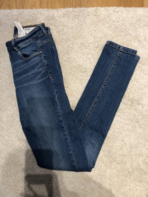 Zara Hose Gr. 32 denim