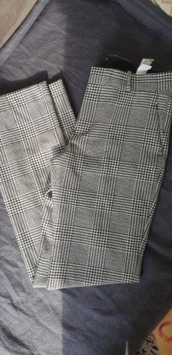 Zara Pantalón de pinza negro-blanco