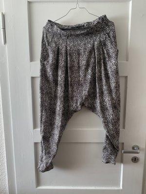 Zara Pantalon «Baggy» gris anthracite-blanc polyester