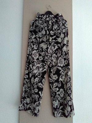 Zara hübsche gemusterte Paperbag-Hose mit Gürtel, Grösse S, neu