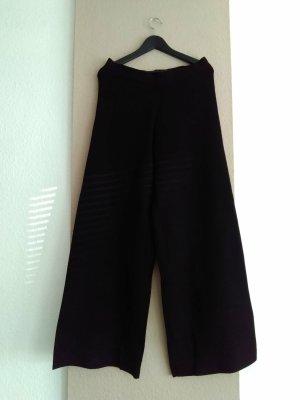 Zara hübsche Strick- weitgeschnittene Hose in schwarz, Grösse L, neu