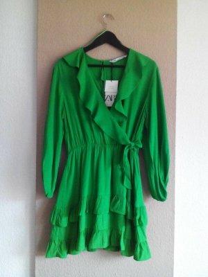 Zara hübscher Jumpersuit in grün aus 100% Viskose, Größe M, neu