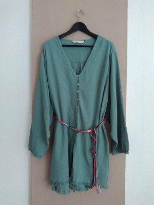 Zara hübscher Jumpsuit in hellgrün mit Gürtel, Größe L oversize, neu