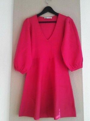 Zara hübsches Kleid in pink mit Ballonärmeln, Größe S, neu