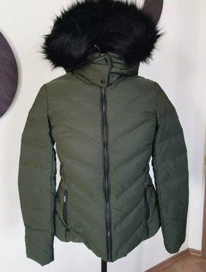 Zara Kurtka zimowa czarny-khaki