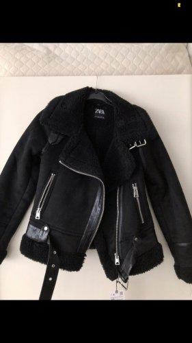 Zara Veste en fourrure noir